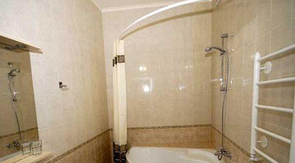 купить угловой карниз для штор в ванную комнату в Olexdeco